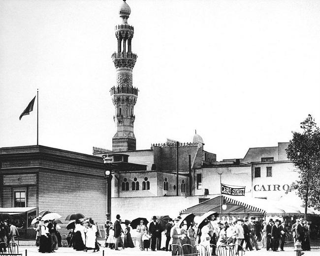 مئذنة مسجد شوارع القاهرة كانت من أبرز معالم معرض شيكاغو