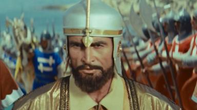 أحمد مظهر في دور صلاح الدين الأيوبي